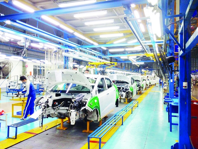 Ngành công nghiệp ô tô hưởng lợi từ chính sách thuế - Ảnh 2.