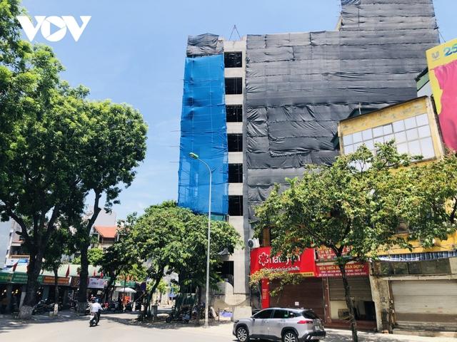 Các công trình xây dựng ở Hà Nội thực hiện chỉ thị giãn cách xã hội - Ảnh 2.
