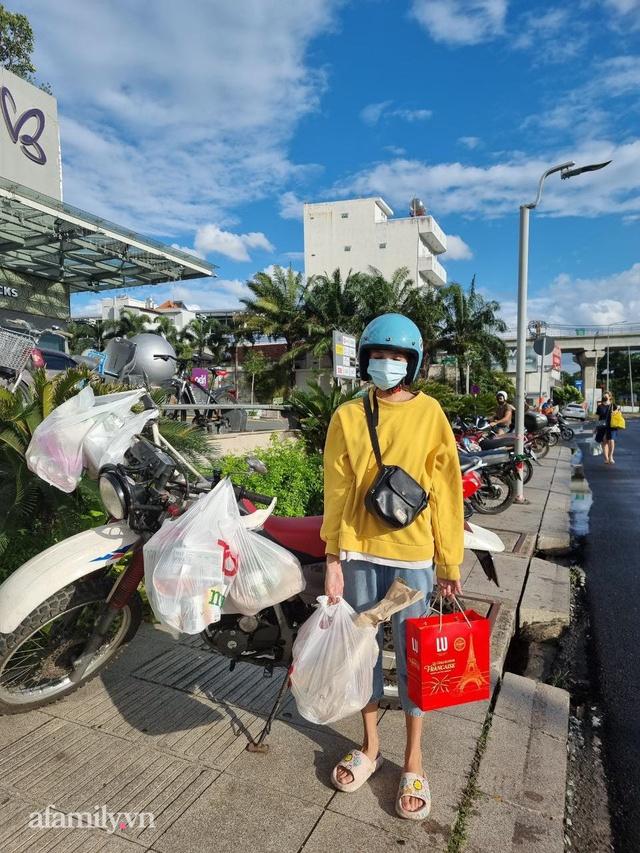 Cô gái người Nga chia sẻ chuỗi ngày giãn cách khó quên khi lần đầu đi chợ bằng phiếu, biết ơn Việt Nam vì sự tử tế dành cho cộng đồng người nước ngoài  - Ảnh 1.