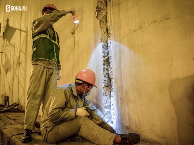 Hà Nội: Hàng chục công nhân làm việc xuyên đêm để sửa chữa hầm chui Kim Liên - Ảnh 6.