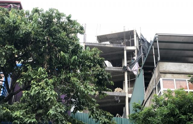 Các công trình xây dựng ở Hà Nội thực hiện chỉ thị giãn cách xã hội - Ảnh 7.