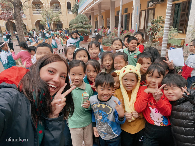 Cô gái người Nga chia sẻ chuỗi ngày giãn cách khó quên khi lần đầu đi chợ bằng phiếu, biết ơn Việt Nam vì sự tử tế dành cho cộng đồng người nước ngoài  - Ảnh 10.