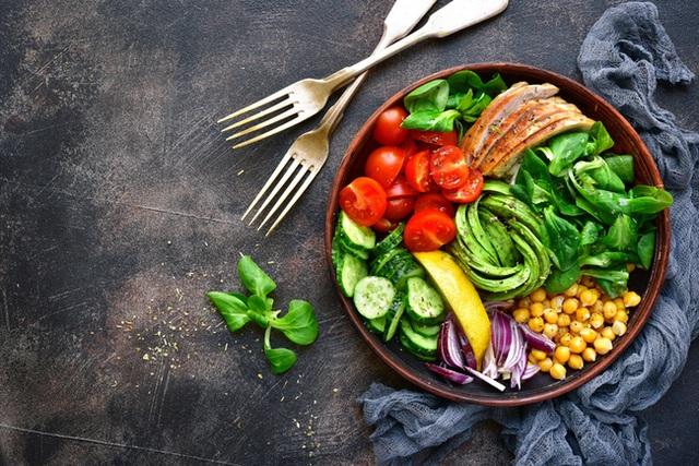 8 món rẻ bèo trong nhà bếp có thể giúp tăng cường miễn dịch, đáng tiếc người Việt lại toàn bỏ qua - Ảnh 1.