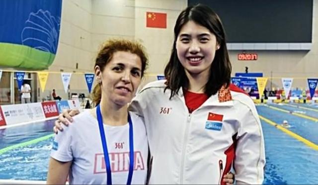 Mỹ nhân ngư Trung Quốc bị vẹo cột sống và hành trình trở thành kỷ lục gia Olympic Tokyo 2021 - Ảnh 2.