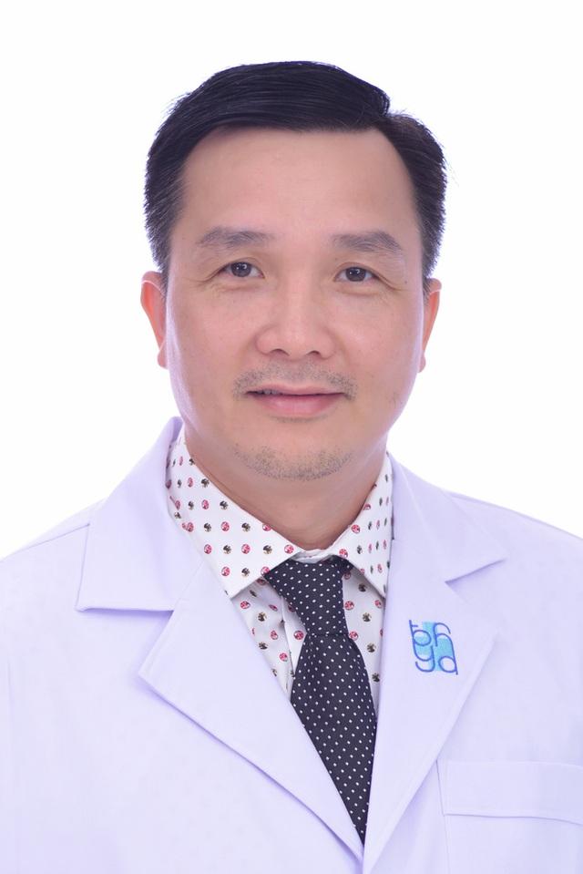 Chuyên gia chỉ cách phân biệt: Ung thư vòm họng với viêm họng, viêm amidan - Ảnh 1.