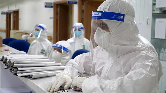 Cận cảnh khoa đặc biệt cho bệnh nhân vừa vượt qua cửa tử tại Bệnh viện Hồi sức COVID-19  - Ảnh 7.