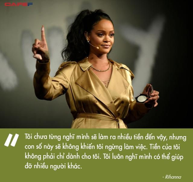 Tỷ phú đô la ở tuổi 33 - Rihanna: Tuổi thơ cùng cực, vụt sáng thành sao nhưng đi hát bao năm cũng không kiếm khủng bằng buôn mỹ phẩm, đồ lót và tậu bất động sản - Ảnh 12.