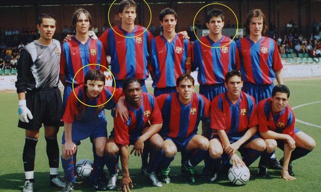 Toàn bộ sự nghiệp vĩ đại của Messi tại Barcelona qua ảnh - Ảnh 2.