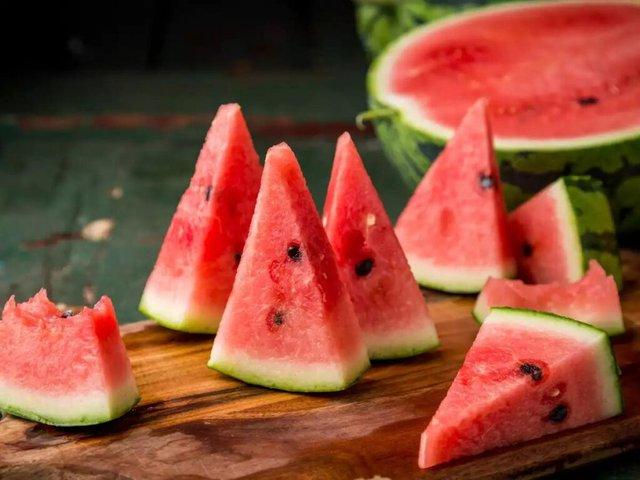 6 loại hạt thường bị vứt đi mỗi khi ăn hoa quả nhưng lại là thần dược giúp tăng cường sức khỏe, chế biến đúng cách sẽ thành món ngon - Ảnh 1.