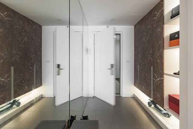 Ngắm căn hộ với gam màu nâu lạnh chất lừ của đôi vợ chồng trẻ tại Hà Nội - Ảnh 12.