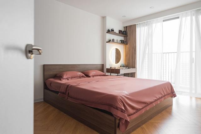 Ngắm căn hộ với gam màu nâu lạnh chất lừ của đôi vợ chồng trẻ tại Hà Nội - Ảnh 8.