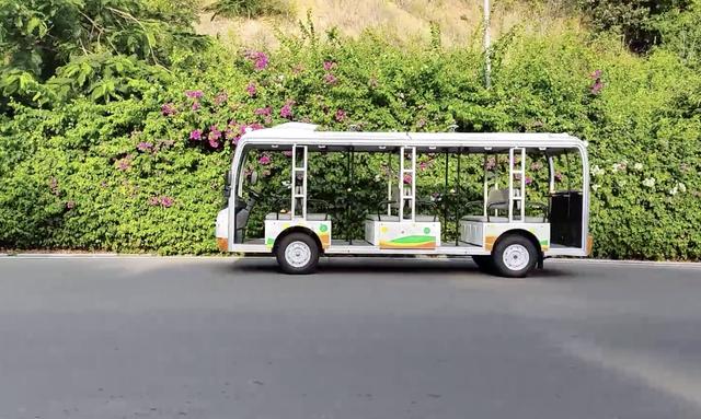 Vingroup đang thử nghiệm ô tô điện tự lái cấp độ 4 ở Nha Trang - Ảnh 2.