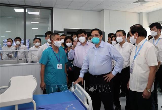 Giám đốc Bệnh viện dã chiến điều trị Covid-19 ở Hà Nội: Trong thâm tâm, tôi thực sự không muốn đón bệnh nhân, không muốn các giường bệnh bị lấp đầy - Ảnh 1.