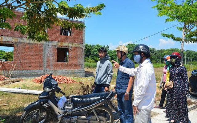 """Đã có khá nhiều NĐT """"tay ngang"""" kiếm tiền tỉ trong cơn sốt đất tại Thanh Hóa hồi đầu năm 2021. Ảnh: Minh hoạ"""
