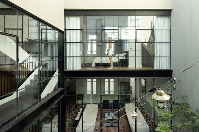 Biến nhà hoang thành nơi nghỉ dưỡng sang chảnh nhờ tường khung thép - Ảnh 12.
