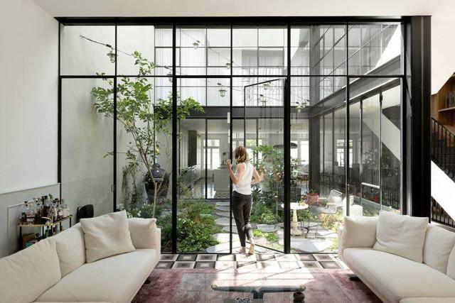 Biến nhà hoang thành nơi nghỉ dưỡng sang chảnh nhờ tường khung thép - Ảnh 13.