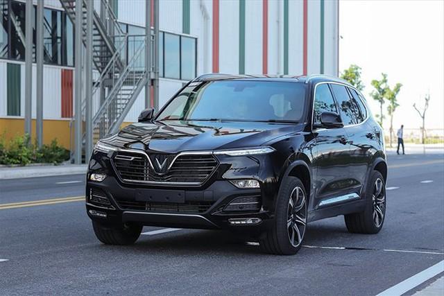 Top 10 ô tô bán chậm nhất tháng 8/2021