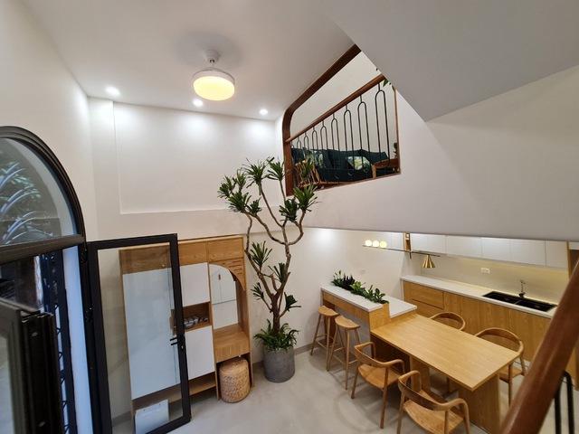 Vợ chồng trẻ xây ngôi nhà nhỏ mà có võ, chỉ rộng 30m2 mà như 60m2 khiến ai cũng bất ngờ - Ảnh 14.