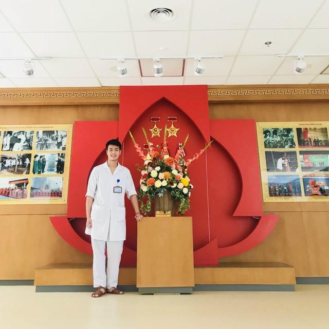 Chàng Quân y kể chuyện vào Sài Gòn chống dịch khác xa những gì tưởng tượng, 24/24 giờ túc trực, bệnh nhân gọi là sẵn sàng - Ảnh 1.