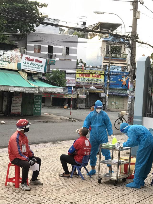 Chàng Quân y kể chuyện vào Sài Gòn chống dịch khác xa những gì tưởng tượng, 24/24 giờ túc trực, bệnh nhân gọi là sẵn sàng - Ảnh 3.