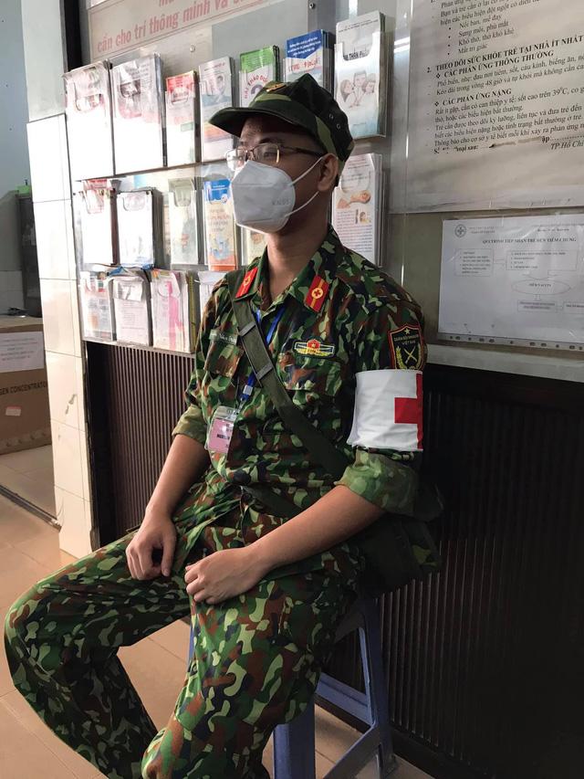 Chàng Quân y kể chuyện vào Sài Gòn chống dịch khác xa những gì tưởng tượng, 24/24 giờ túc trực, bệnh nhân gọi là sẵn sàng - Ảnh 10.
