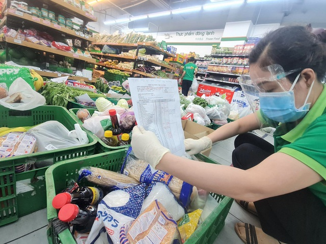 TP HCM sẽ nghiên cứu phương án mở lại chợ truyền thống - Ảnh 1.