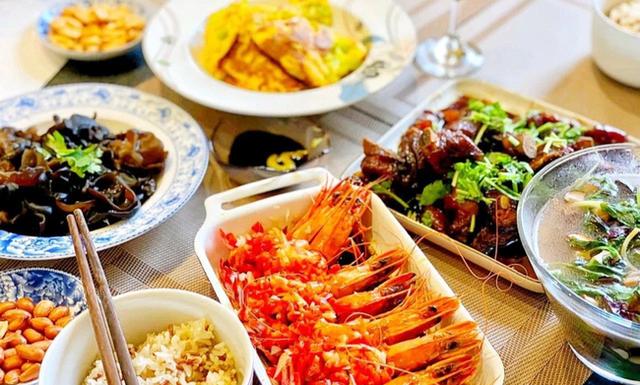 Những thói quen nấu ăn tại nhà độc khủng khiếp mà các bà nội trợ Việt cần bỏ trước khi ung thư tìm đến - Ảnh 1.