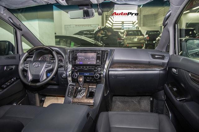 Loạt xe không bán được chiếc nào trong tháng 8: Có tới 3 mẫu Toyota, Ford chật vật dọn kho Tourneo - Ảnh 4.