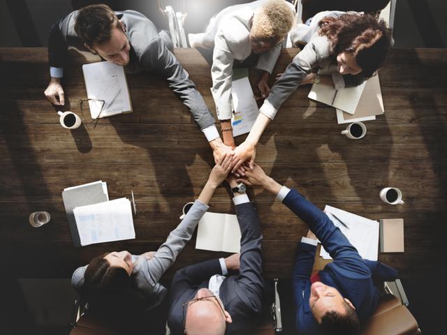 Những thủ thuật vàng giúp cải thiện mối quan hệ với đồng nghiệp và sếp: Làm xa hay làm gần thì dân công sở cũng nên đặc biệt lưu tâm để thăng tiến - Ảnh 4.