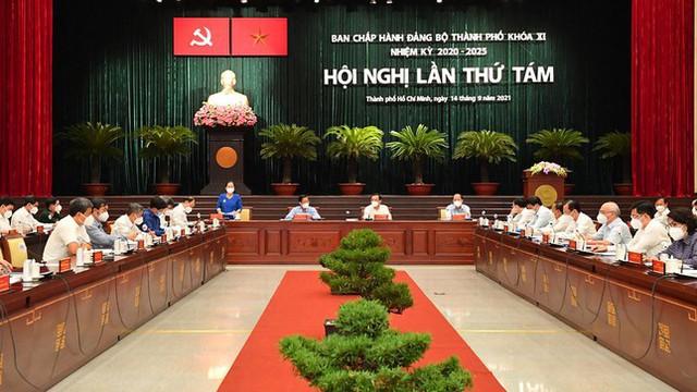 Thủ tướng đồng ý cho TPHCM tiếp tục thực hiện giãn cách thêm 2 tuần  - Ảnh 1.