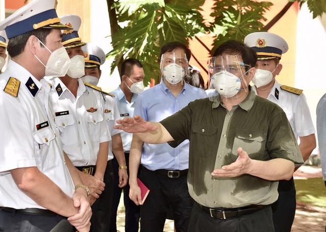 Khi Thủ tướng truy bài và người dân chấm điểm quan chức - Ảnh 1.