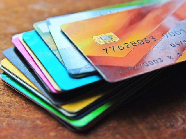 12 lỗi khi dùng thẻ tín dụng khiến nó trở thành mối nguy hiểm đối với bạn - Ảnh 2.
