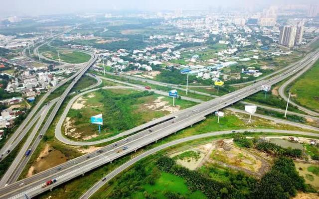 Bộ Giao thông vận tải công bố quy hoạch mạng lưới đường bộ đến năm 2030, tầm nhìn 2050 - Ảnh 2.