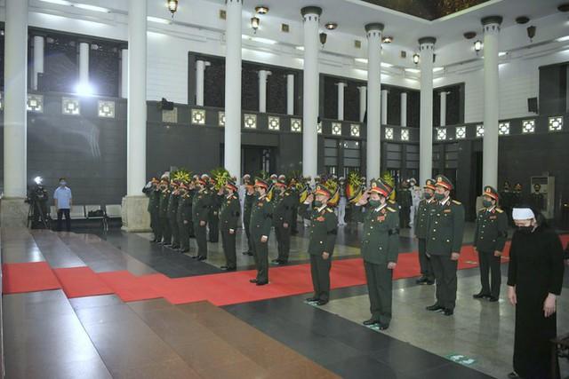 Tổ chức trọng thể Lễ truy điệu Đại tướng Phùng Quang Thanh  - Ảnh 6.