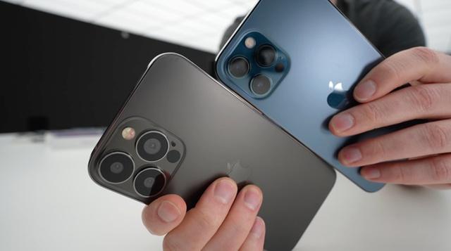 Tuyển kỷ lục 10.000 nhân công một ngày, nhà máy Foxconn chạy hết tốc lực để sản xuất iPhone 13 - Ảnh 3.