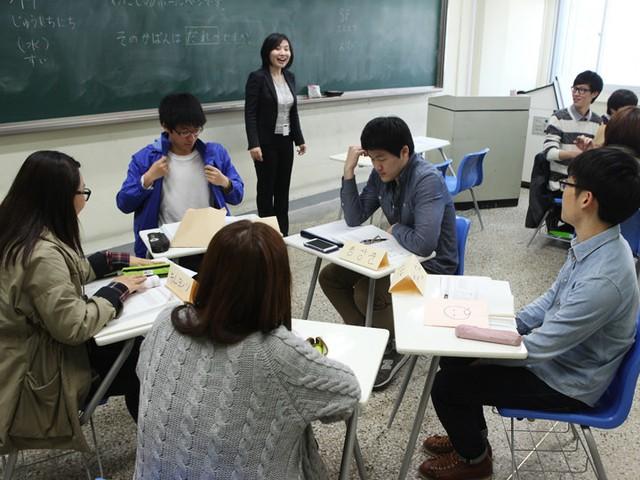 Sinh viên gen Z Trung Quốc: Chưa tốt nghiệp đã mong thu nhập 3,5 tỷ/năm, cực kỳ tự tin vào năng lực của mình - Ảnh 2.