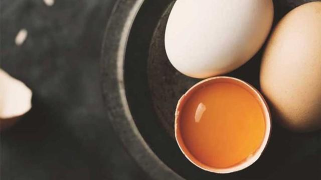 Muốn bữa sáng đủ chất, nhiều người ăn trứng kết hợp với món cực bổ này mà không biết sẽ gây tổn hại sức khỏe - Ảnh 4.