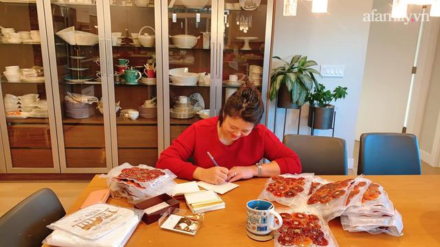 Hồng giòn vào vụ ăn không hết, mẹ Việt ở Mỹ treo khô gửi biếu người thân trong nước, dùng cả năm vẫn giữ nguyên hương vị - Ảnh 10.