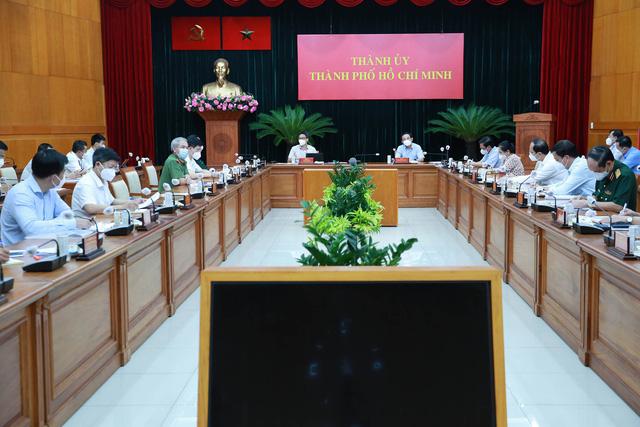 Phó Thủ tướng Vũ Đức Đam: TP.HCM, Bình Dương, Tiền Giang... không thể zero Covid, phải sẵn sàng tinh thần sống chung - Ảnh 1.