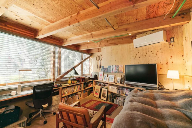 Gia đình ba thế hệ thiết kế ngôi nhà đặc biệt chỉ toàn ánh sáng và cây xanh ở Nhật Bản - Ảnh 14.