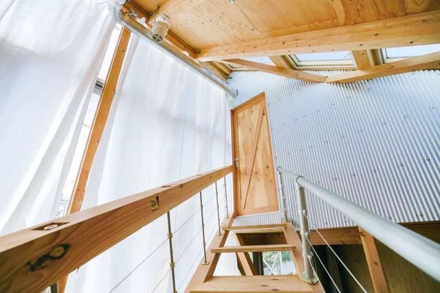 Gia đình ba thế hệ thiết kế ngôi nhà đặc biệt chỉ toàn ánh sáng và cây xanh ở Nhật Bản - Ảnh 7.