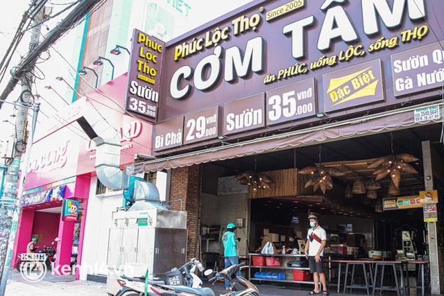 Người Sài Gòn rần rần đặt đồ ăn online: Quán xá chuẩn bị hàng trăm đơn, shipper hoạt động hết công suất mới kịp giao cho khách - Ảnh 9.