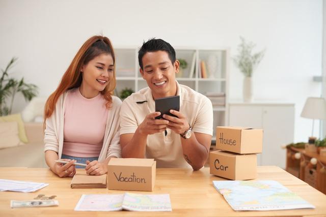 Vợ chồng trẻ mất bao lâu để có thể mua nhà? - Ảnh 2.