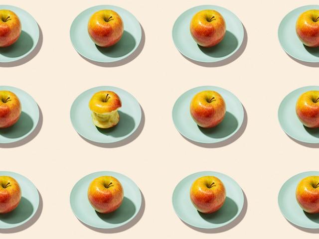 Kiên trì ăn một quả táo mỗi ngày, sau 1 tháng, cơ thể sẽ thay đổi thế nào: 7 điều ai cũng ngưỡng mộ nếu làm đúng cách - Ảnh 1.