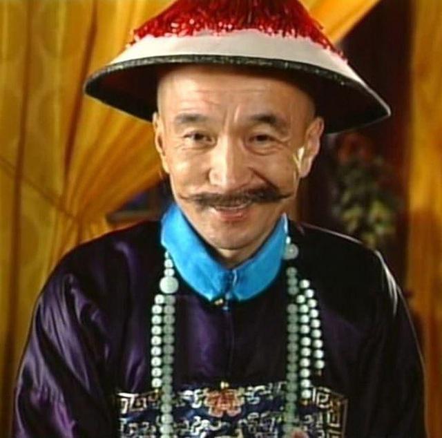 Tể tướng Lưu Gù: Mâu thuẫn với Càn Long - Hoà Thân, bị phong sát khốc liệt vì quá... liêm khiết, giờ ra sao ở tuổi 74?  - Ảnh 1.