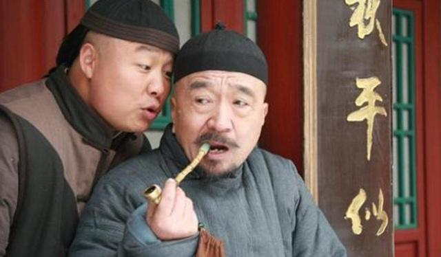 Tể tướng Lưu Gù: Mâu thuẫn với Càn Long - Hoà Thân, bị phong sát khốc liệt vì quá... liêm khiết, giờ ra sao ở tuổi 74?  - Ảnh 2.