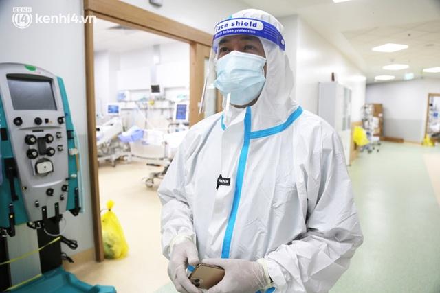 Nỗi lòng của bác sĩ 91 đi chống dịch từ Đà Nẵng, Bắc Giang đến TP.HCM: 2 cái sinh nhật của con qua rồi, tôi đều thất hứa với nó... - Ảnh 4.