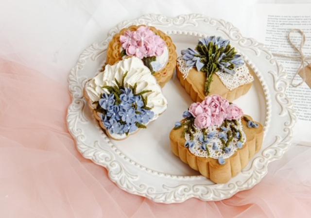 Thị trường bánh trung thu ế ẩm chưa từng thấy dù nhiều mẫu bánh độc lạ ra lò - Ảnh 10.