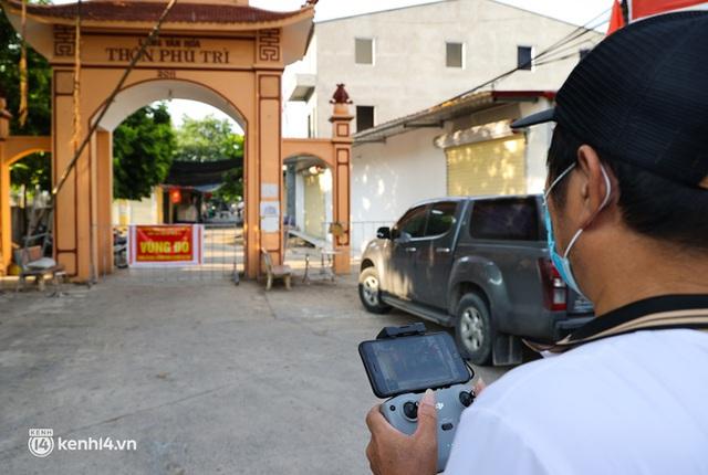 Ảnh: Cận cảnh địa phương đầu tiên tại Hà Nội sử dụng flycam giám sát người dân tại khu vực phong toả - Ảnh 3.