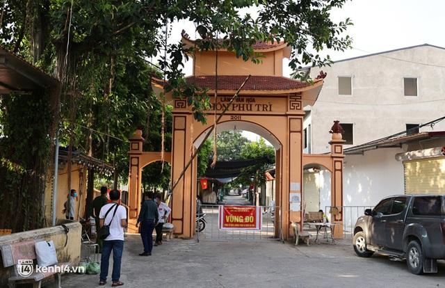 Ảnh: Cận cảnh địa phương đầu tiên tại Hà Nội sử dụng flycam giám sát người dân tại khu vực phong toả - Ảnh 9.